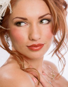 Wedding Makeup Ideas For Redheads : I LOVE my Gingers- beautiful redhead bridal makeup looks ...