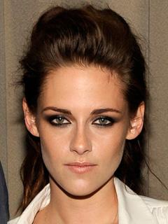 Kristen Stewart. Bridal Smokey Eyes