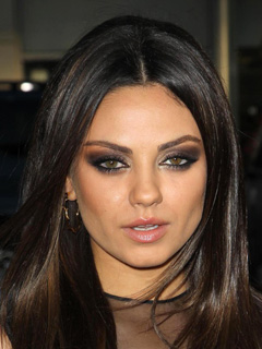 Mila Kunis Bridal Smokey Eyes
