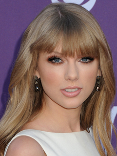Taylor Swift Bridal Smokey Eyes